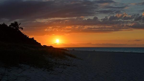 Cuba, Varadero, sunset, ocean. conniemazur