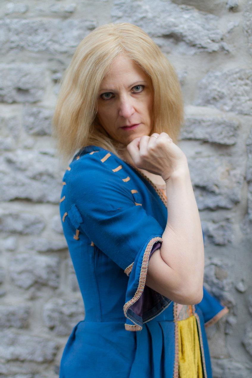Connie Mazur, Photo Model, Art Model, mature, feminine, versatile, commercial, artistic, publicity, Montreal, Quebec, Canada