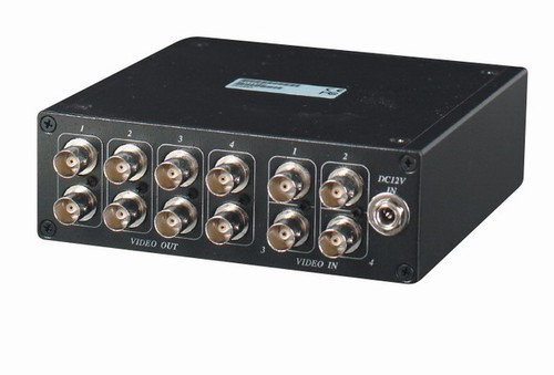 4 Inputs to 8 Outputs Video Distributor
