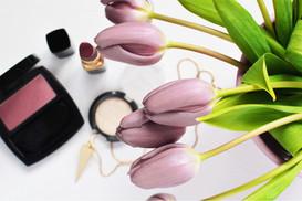 Makijaż i tulipany
