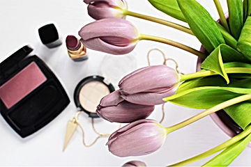 Maquillaje y tulipanes