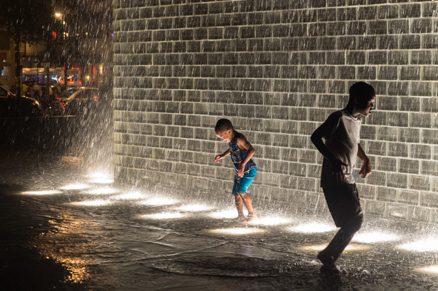 Kids playing at Millennium Park in Chicago, Illinois