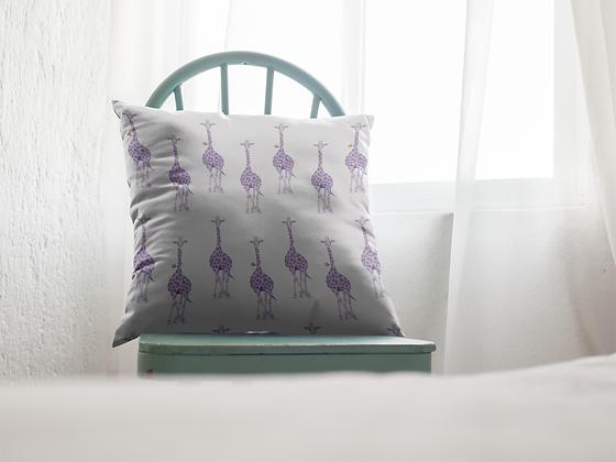 Geri Giraffe Premium Pillow