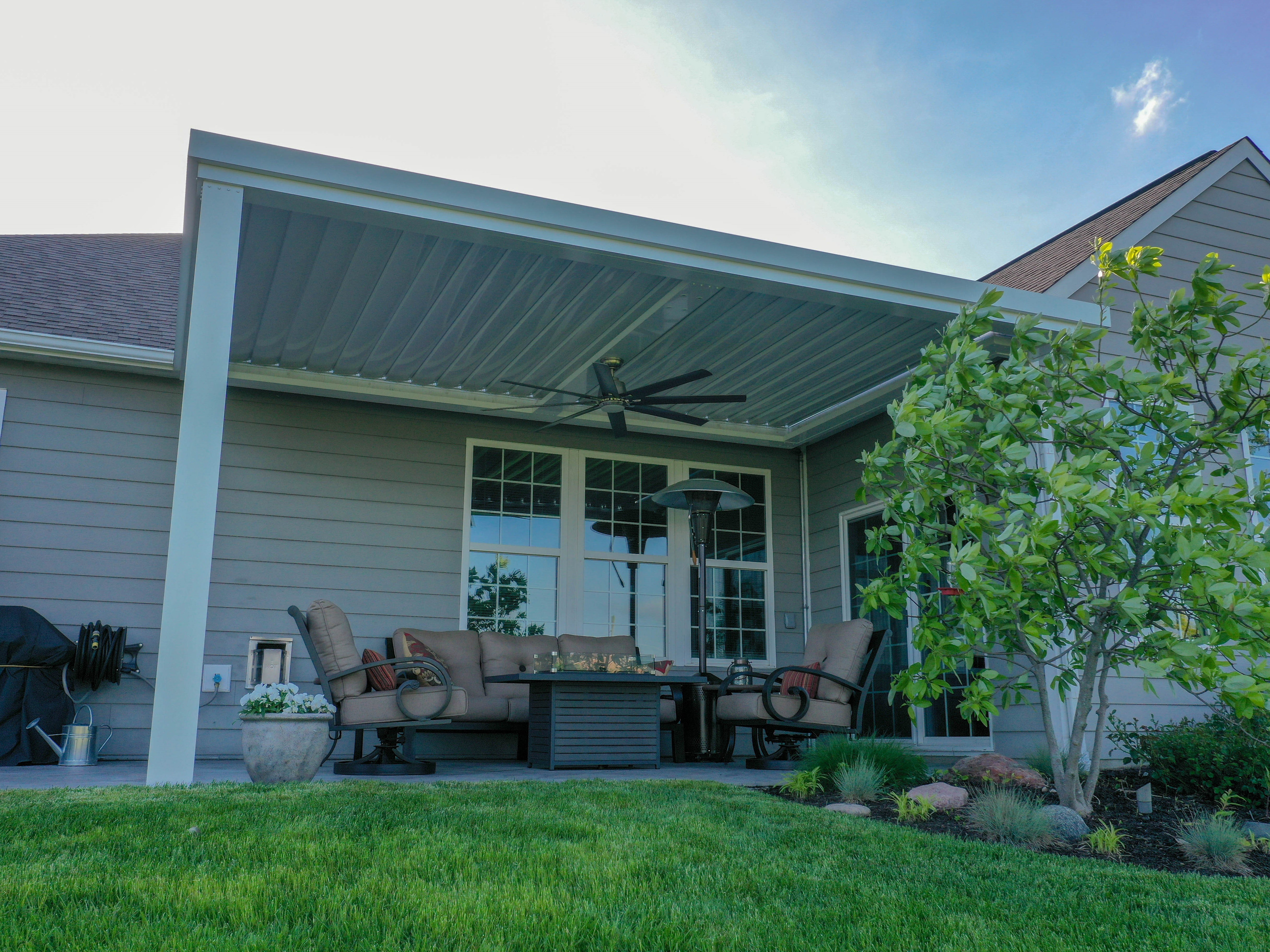 Retractable Awnings, Sunrooms, Screen porches, Louvered ...