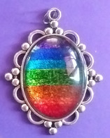 2in Oval Pendant US$25