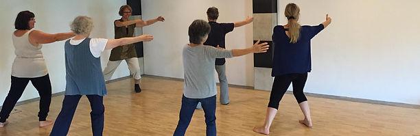 Kurse zur sanften Aktivieren des Körpers mit Bewegung - Qi Gong, Chi Gong oder Qigong genannt