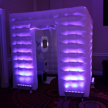 White Inflatable Cube
