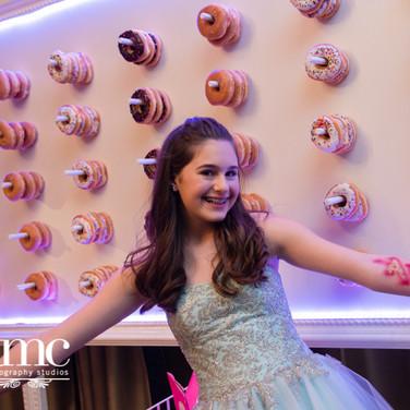 LED Donut Wall