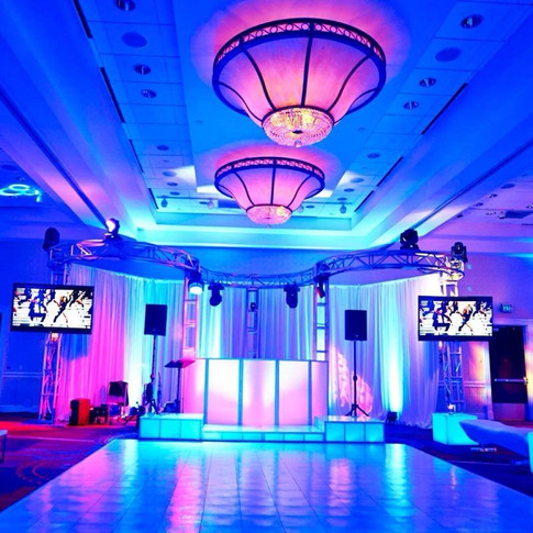 Arch Truss DJ Booth