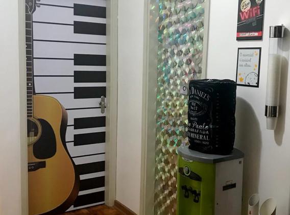 HALL MUSICAL