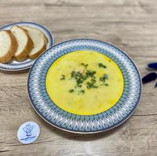 Cирний суп з куркою