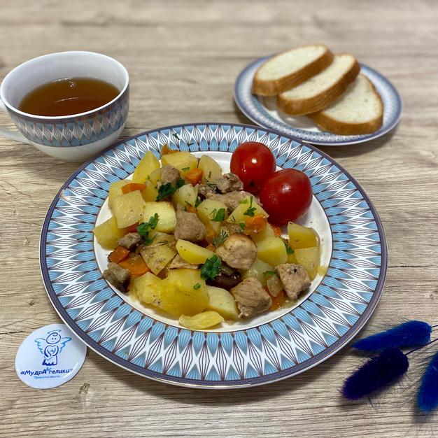 Печеня по-домашньому із солінням та узвар