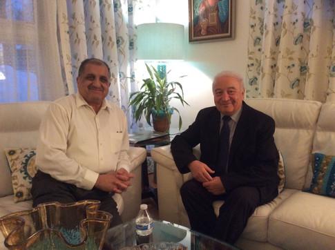 مع الدكتور رياض الدباغ