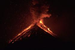 Volcano_erupt_edited