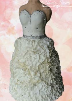 Wedding dress cake-3
