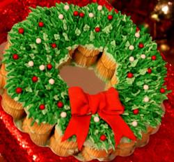 Pull-apart Cupcake Wreath