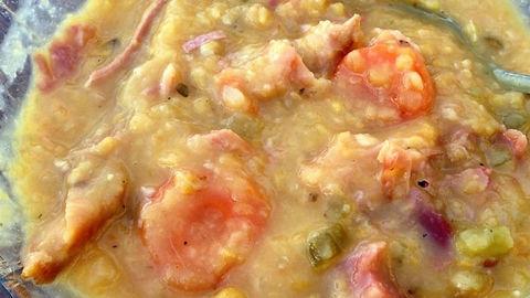 Yellow split pea soup.jpg