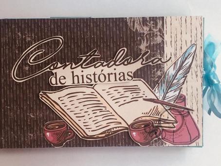 Mini Álbum Contadora de histórias