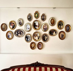 #swipeleft 👌 Hanging lots and lots of p