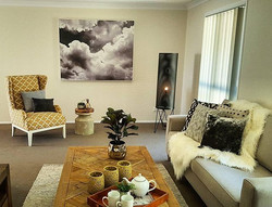 Another superbly styled home by the amazing team _domayne_hire_styling_qld and the super talented Ta