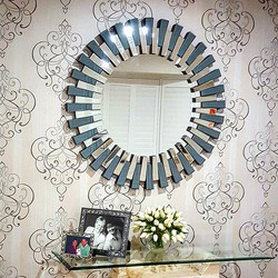 What a great way to finish off a Friday, with a lovely client and a superb mirror from Far Pavillion