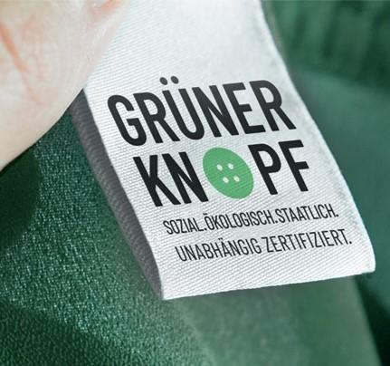 GRÜNER KNOPF zertifiziert:
