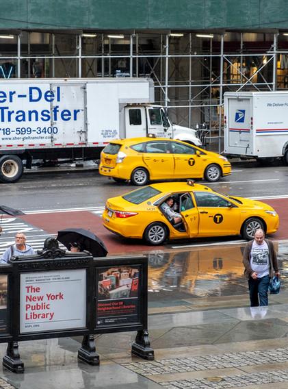 taxis ..jaunes