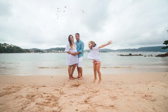 ensaio fotografico familia, ensaio fotografico externo, ensaio fotografico gestante, ensaio fotografico na praia, ensaio fotográfico bombinhas, cook mella