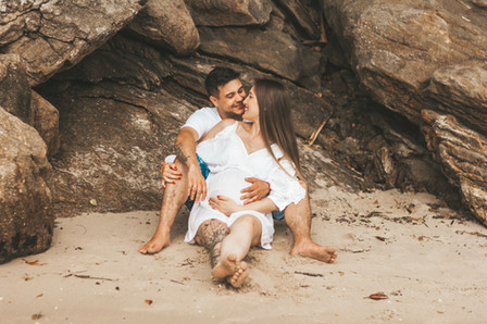 pedido de casamento na praia, pedido de casamento, ensaio de gestante na praia, ensaio de gestante, mão de menina, mãe de menino, surpresa de pedido de casamento, cook mella