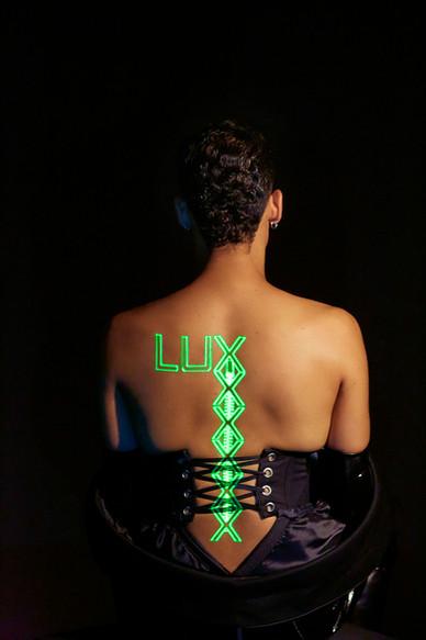 LUX_Editorial_00.jpg
