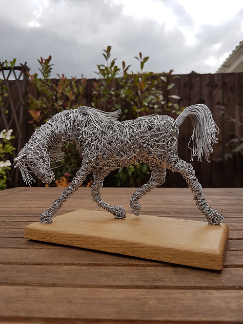 Trotting Horse Aluminium Wire Sculpture