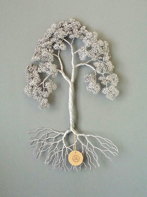 Stunning Wall Mounted Wire Tree Sculpture