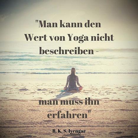 Yoga-Spru%25CC%2588che-Wert-Yoga_edited_