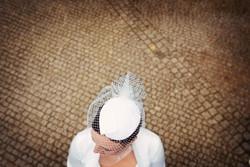 svatební klobouček
