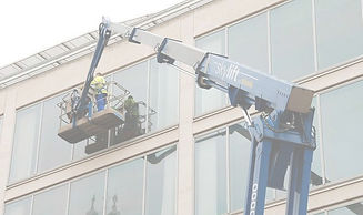 commercial window cleaning image_50.jpg