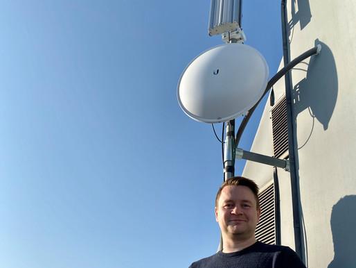 Den trønderske bredbåndsaktøren RealNett vil krige om kundene bevæpnet med radiobasert teknologi.