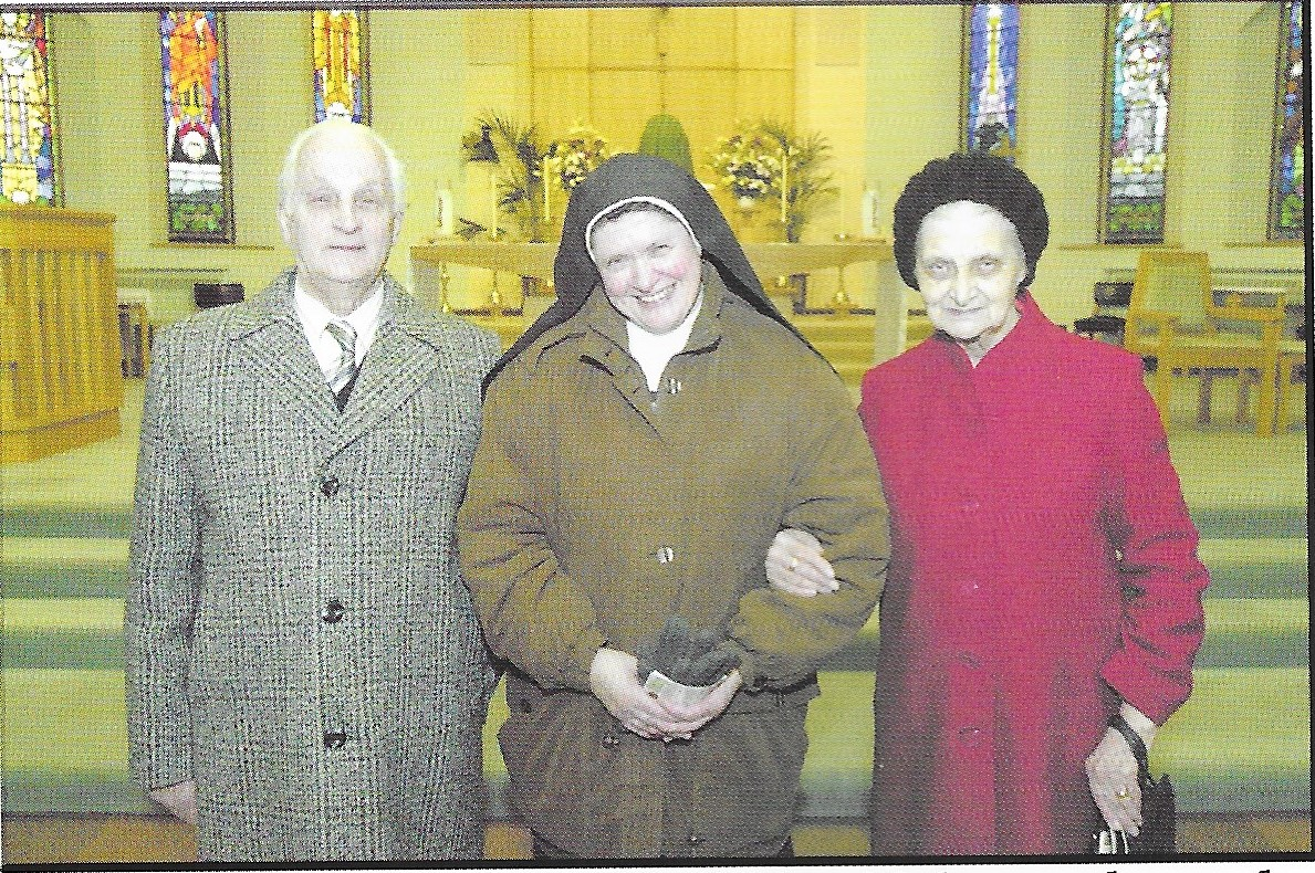 Sister Mary Joseph (Mary Hughes) with her mother & father