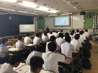 オープンキャンパスで講義を行いました。