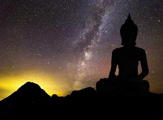 buddha-1110931_1920_edited.jpg