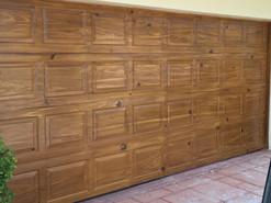 Knotty Pine finish on garage doors