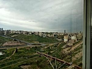 شقة ارضية للبيع في منطقة الذراع الغربي - مطله على تقاطع عرفات