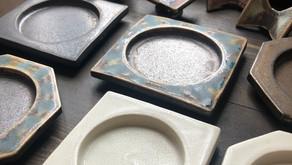 【在庫情報】ミズノアキオさんより豆皿と箸置きが届きました。