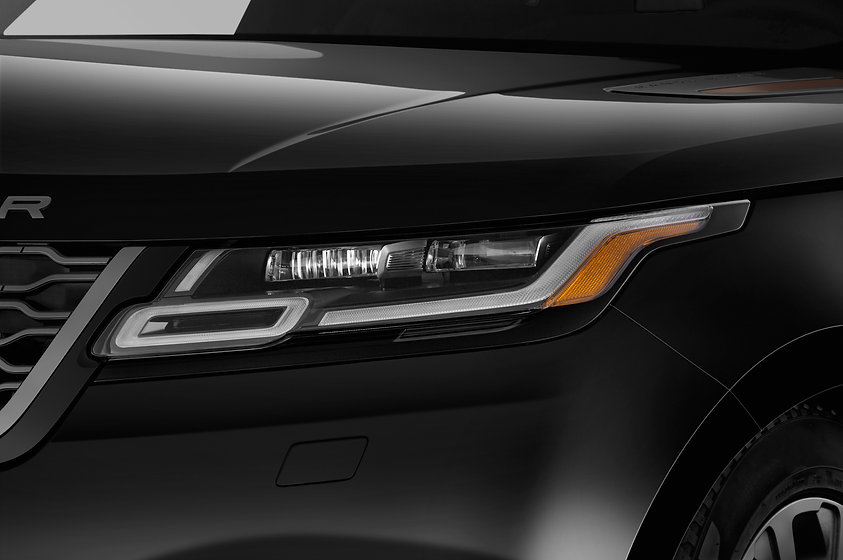 Land_Rover_Range_2018__Velar_luces_cabec