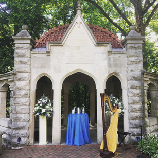 Wedding at the Indiana University Rose Well House
