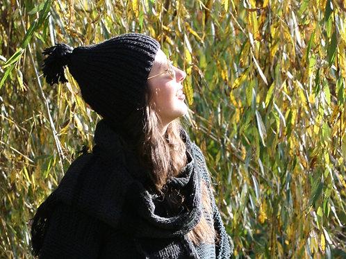 Handgestrickt Mütze und Schal