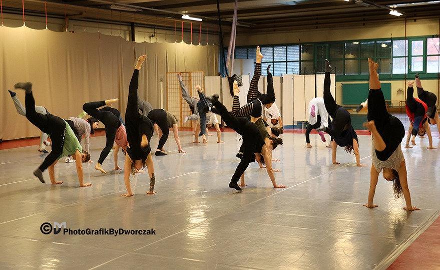 Contemporary Dance - INTERMEDIATE