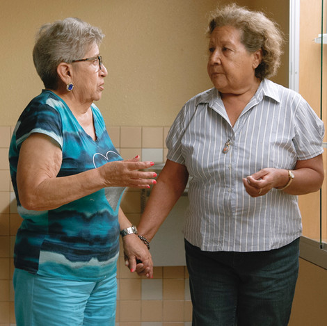 Senior citizens use theatre to explore their sense of identity while living at the border