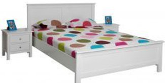 Lilydale White Queen Size Bed with Optional Under Bed Drawer