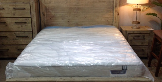 Annatto Queen Bed 2 Drawers