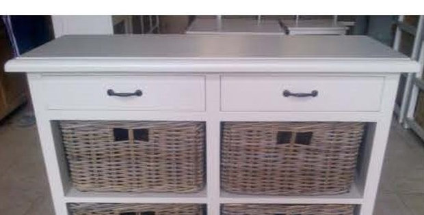 Kubu 2 Drawer 4 Baskets